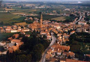 Veduta dall'alto della città di Ficarolo